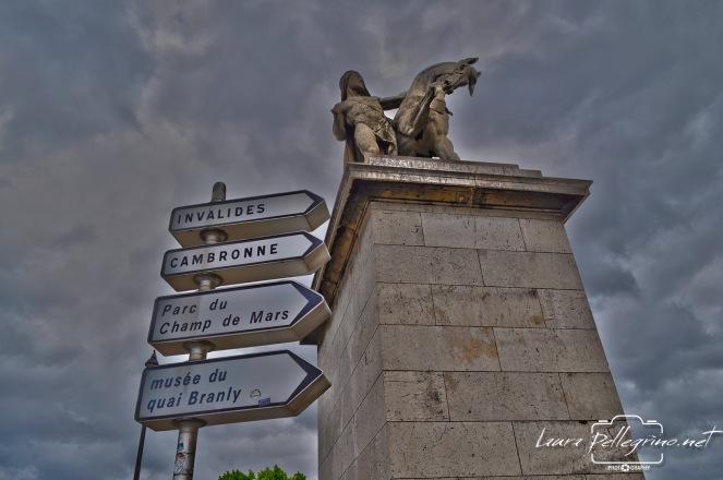 paris_monument