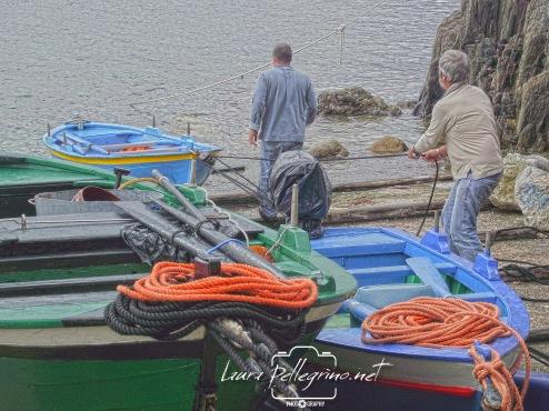 pescatori_trainano_barche_Scilla