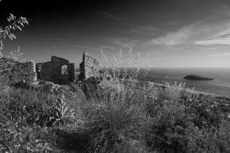 isola_cirella_biancoenero