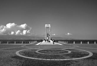 reggiocalabria_lungomare_monumento