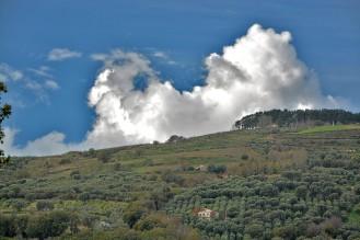 collina_nuvole